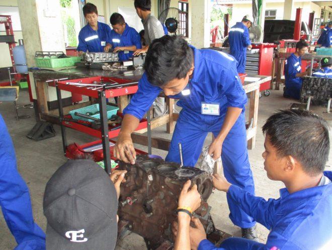 募集:ミャンマー派遣「有償ボランティア技術専門家」(自動車整備、溶接、電気、建築)