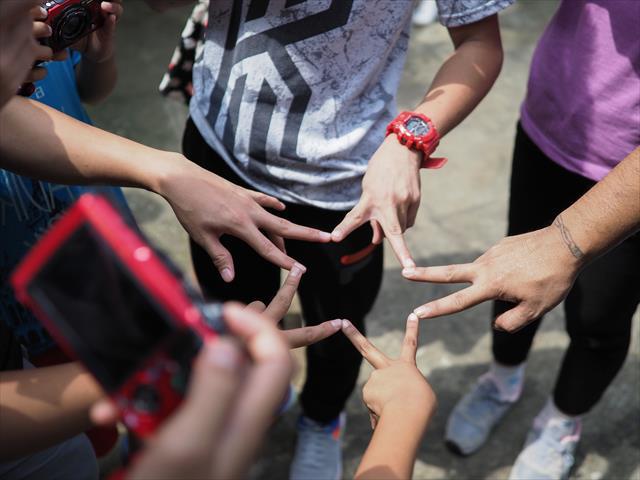 【写真展/トークイベント】国境なき子どもたち(KnK)写真展 : 友情のレポーターとフィリピンの子どもたちの『宝探しの旅』