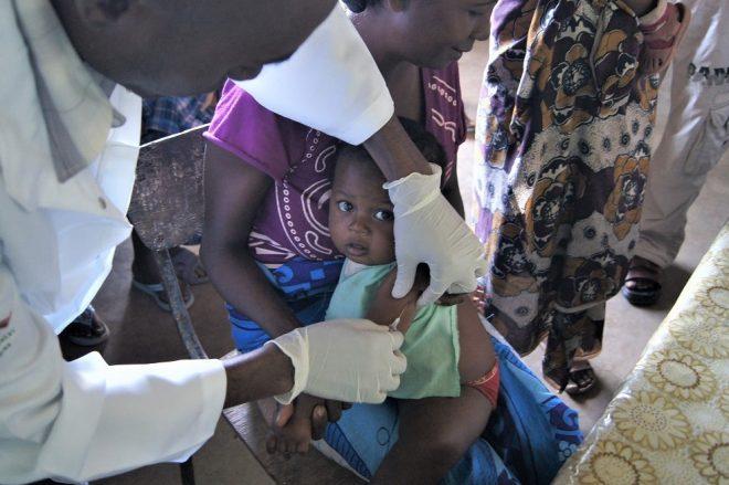 着なくなった服を断捨離して国際協力 ‐フクチャリ‐ 古着でワクチン支援 世界こどもワクチン基金